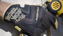 mechanix wear gloves1 262x150 Review: Mechanix Wear CG Padded Palm Gloves