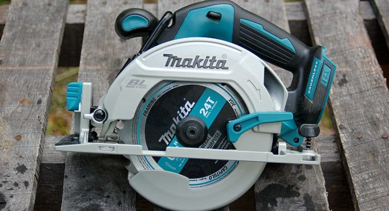 Makita XSH03Z Featured Image