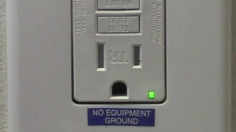 Snapray Guidelight By Snap Power furthermore Install Gfci Circuit Breakers in addition Ecmcbfig X in addition Maxresdefault together with Volt. on receptacle gfci outlet