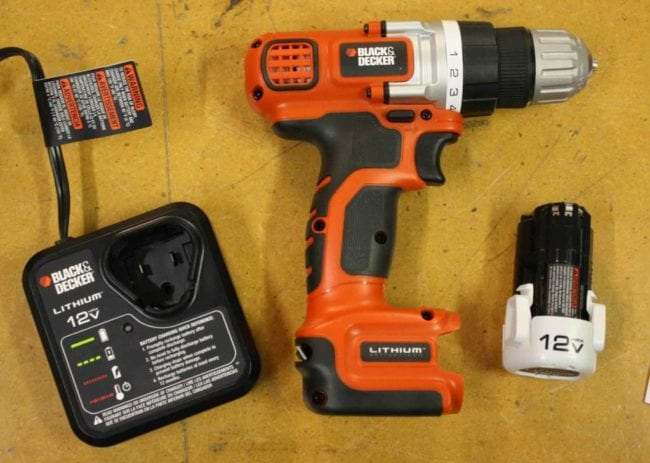 Black and Decker LDX112C 12V Max Lithium Drill Driver kit