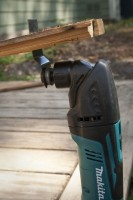 Makita multi-tool cutting