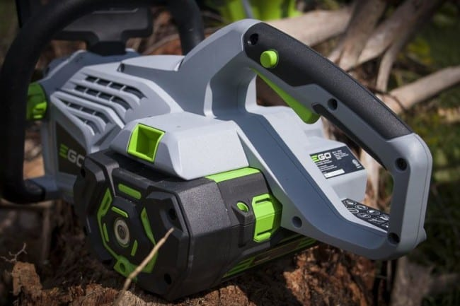 Why Use a Battery-Powered Chainsaw?
