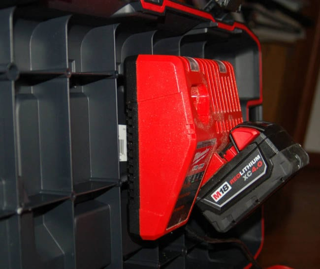 Milwaukee 26 Inch Work Box