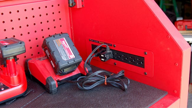 Milwaukee 46 Inch Tool Chest 48-22-8510 Power Strip