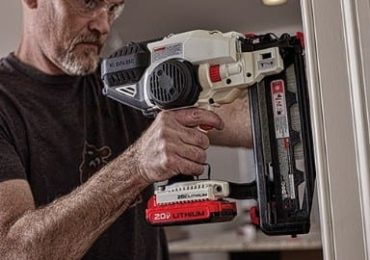 Porter-Cable 20V Max 16 Gauge Straight Finish Nailer in use