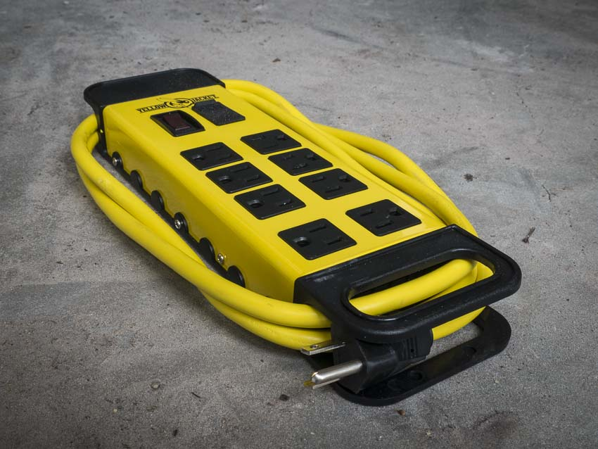 Yellow Jacket 5148 8-outlet power block