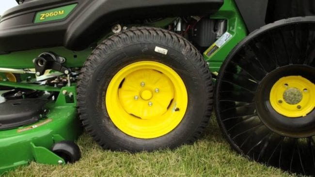 John Deere Z960M Zero Turn Mower | Pro Tool Reviews