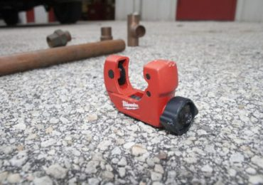 Milwaukee 1-Inch Mini Copper Tubing Cutter