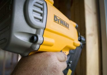 DeWalt DWF83PT 30-Degree Framing Nailer