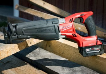 Milwaukee M18 Fuel Sawzall with One-Key
