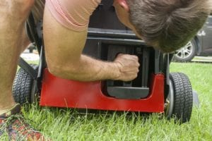 Toro 30 in lawn mower mulch plug