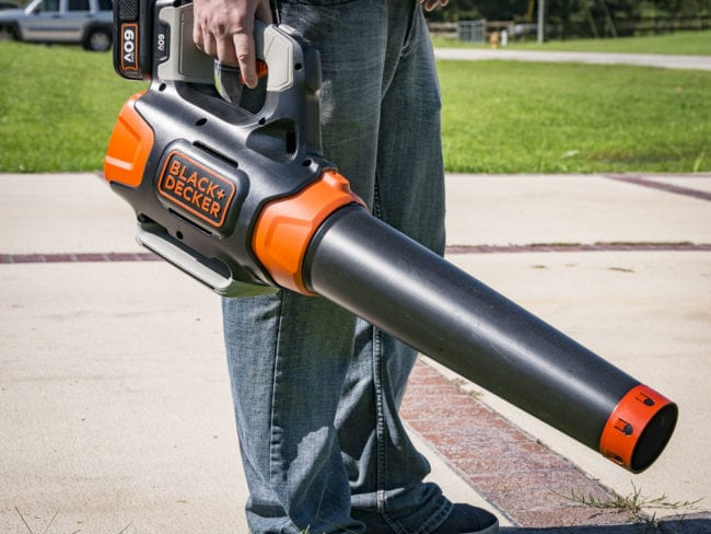 Best Cordless Blower Shootout Black and Decker 60V Max Blower 37