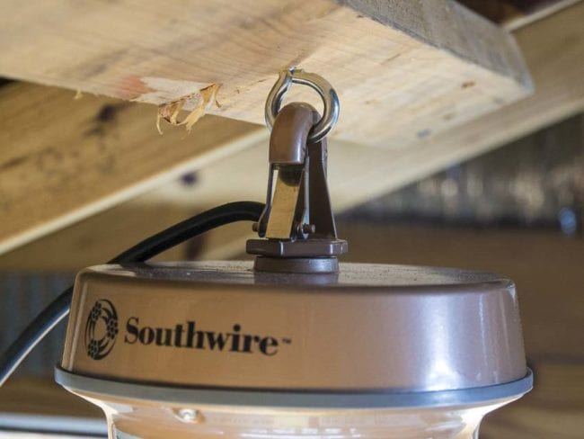 Southwire LED low bay light clip