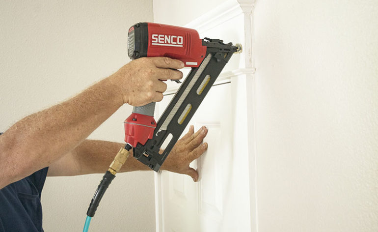 Senco FinishPro 30XP Action