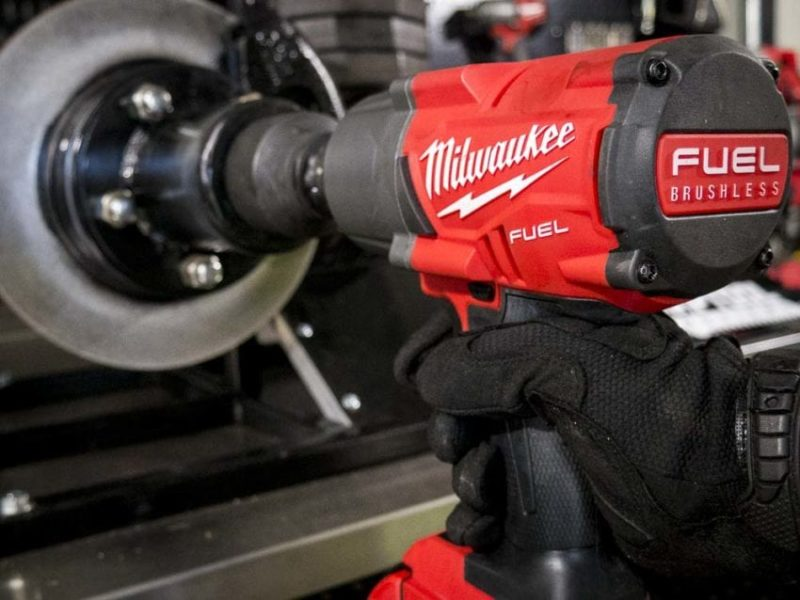 Milwaukee M18 Fuel High Torque Impact Wrench 2767-22
