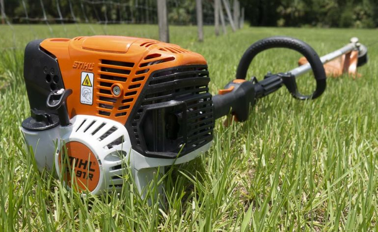Stihl FS 91 R Weed Eater: Entry-Level Pro String Trimmer