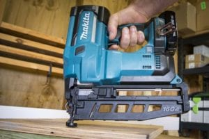Makita 16-Gauge Cordless Finish Nailer XNB02 Review