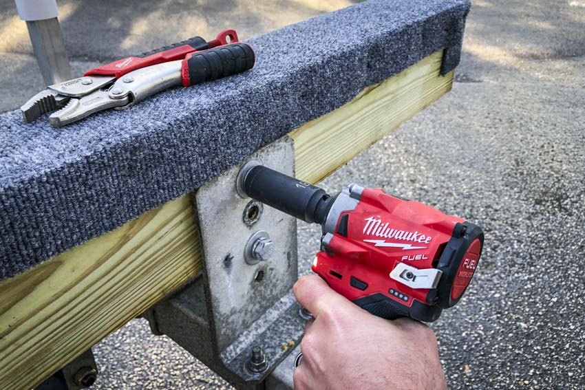 Milwaukee M12 Fuel Stubby Impact Wrench Review