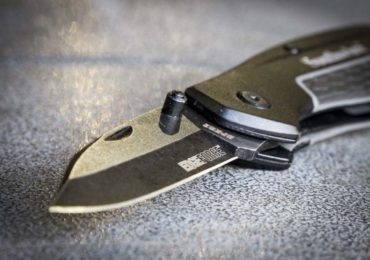 Southwire Pocket Knife: EdgeForce D2 Steel For a Great Price
