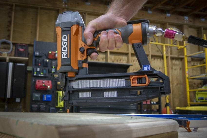 Ridgid 16-Gauge Straight Nailer with Clean Drive R250SFF