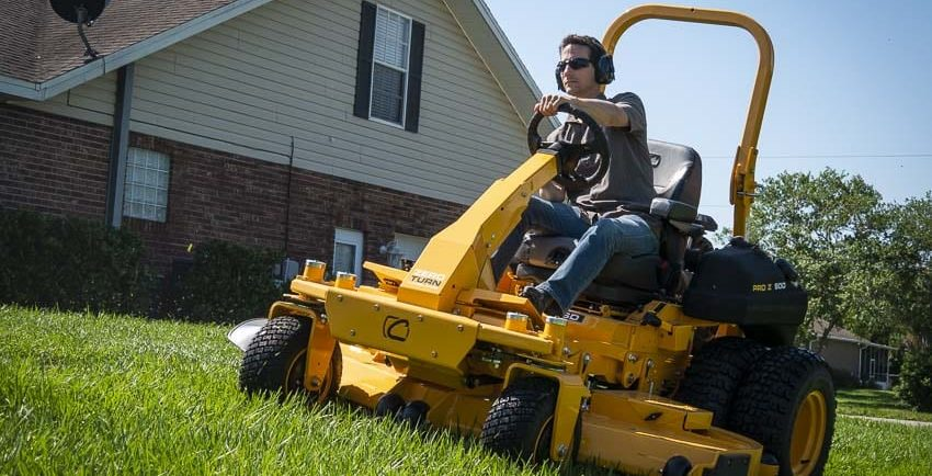 Cub Cadet Pro Z 972 SD Zero-Turn Mower