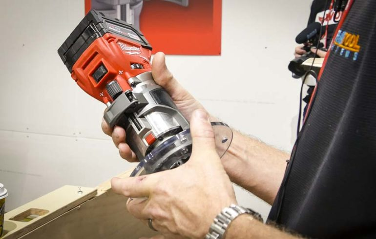 Milwaukee Cordless Compact Router hand