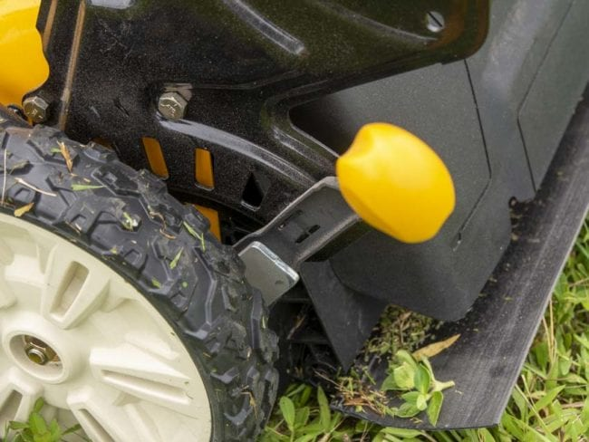 Cub Cadet Walk-Behind Mower SC 900 Review - Single-point height adjustment