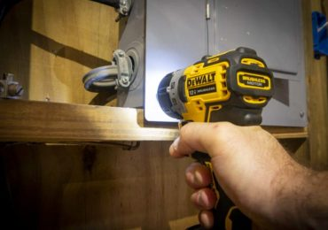 DeWalt 12V Brushless Screwdriver No-Impact Fastener Setting