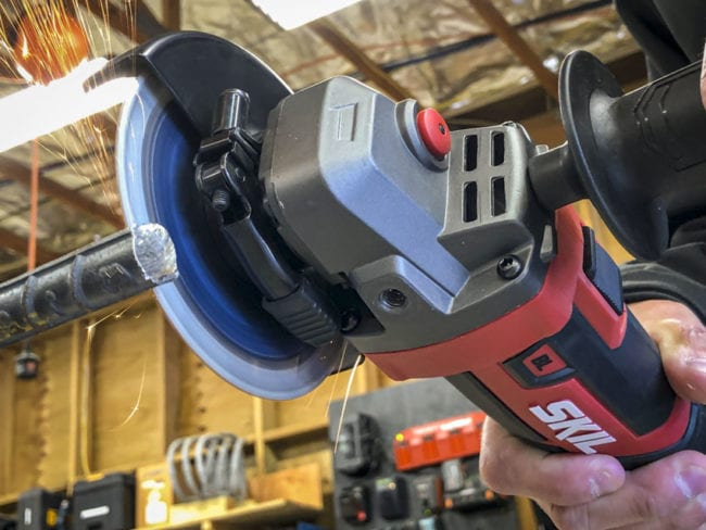 Skil 20V Right Angle Grinder cutting