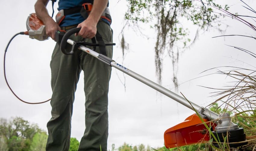 Stihl Battery String Trimmer Hands-On Review   FSA 130 R