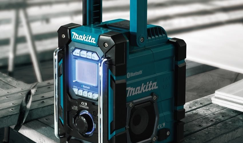 Makita 18V Charging Radio