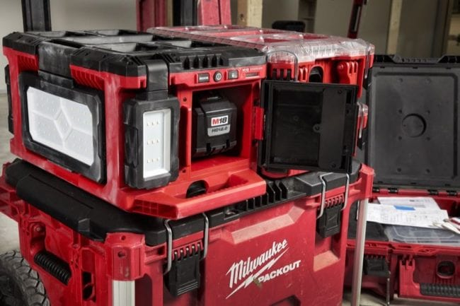 Milwaukee M18 Packout Light and Charger