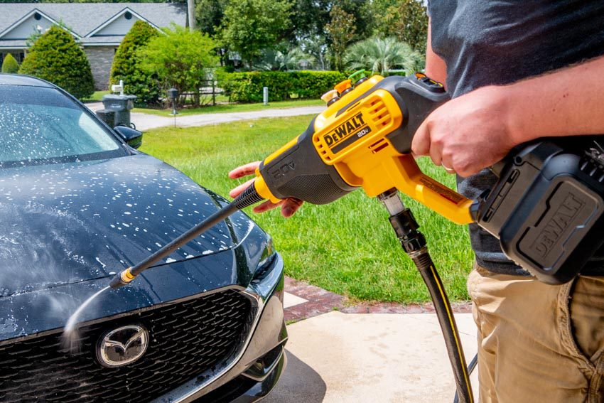 DeWalt 20V Max Cordless Power Cleaner Review | DCPW550