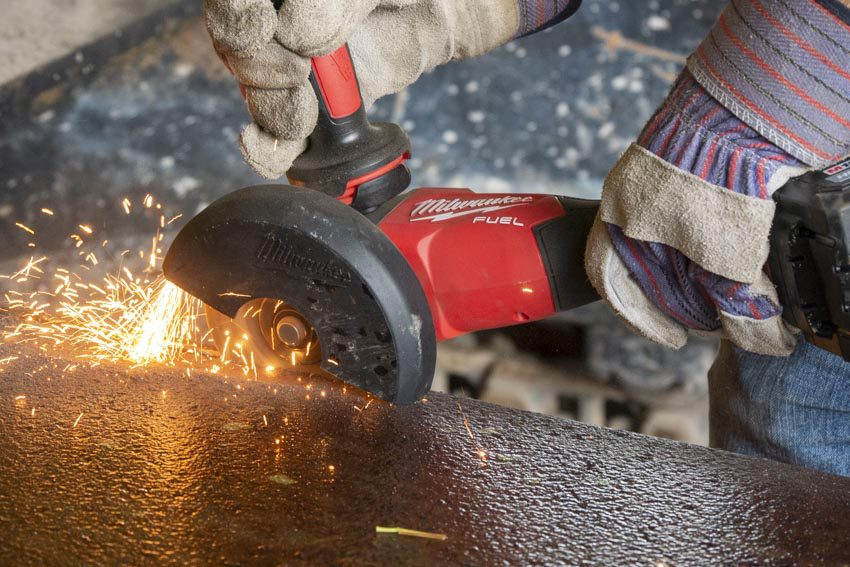 Milwaukee M18 Fuel Braking Angle Grinder with One-Key Review 2883