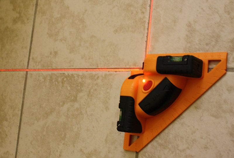 Johnson Level 40-6616 Tiling and Flooring Laser Level Review