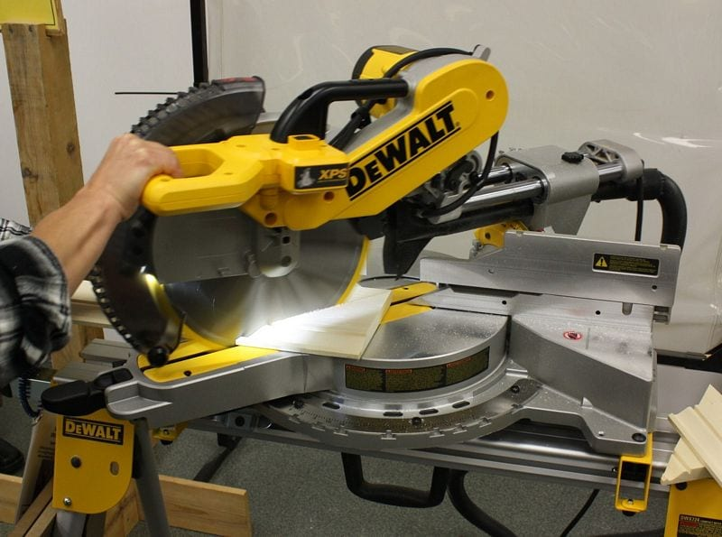 "DeWalt 12"" Sliding Compound Miter Saw DWS780 Preview"